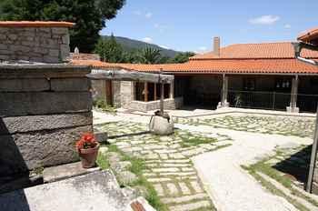 Casa rural pazo larache pontevedra casas rurales en galicia - Casas en galicia ...